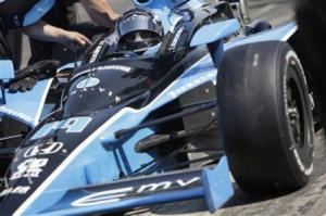 MonaVie Indy500 Car
